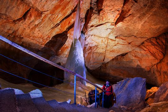Dachstein ice cave - guided tour